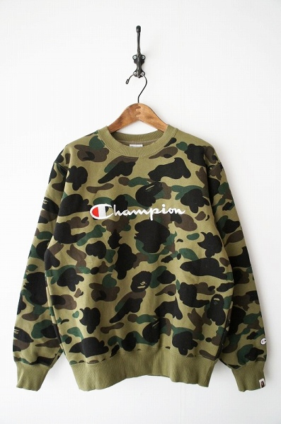 A BATHING APE 1ST CAMO CREW NECK