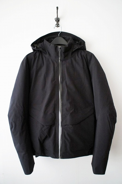 VEILANCE NODE DOWN JACKET